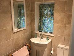 Waterfall Cottage Bathroom